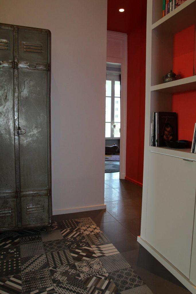16 Appartement Haussemanien Marlene Reynard Sejour Chaises Eames Hall Industriel Chambre