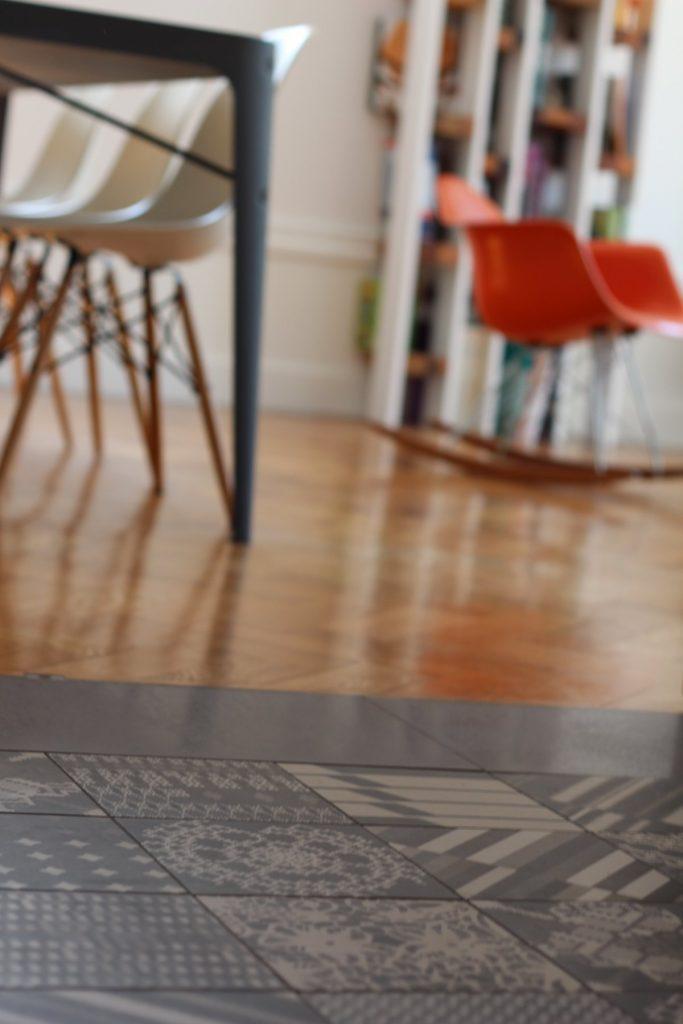 19 Appartement Haussemanien Marlene Reynard Sejour Chaises Eames Mutina 1
