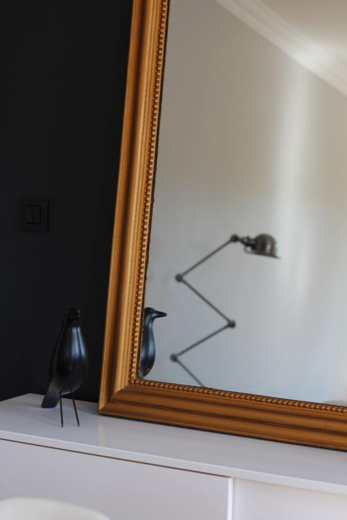 25 Appartement Haussemanien Marlene Reynard Sejour Chaises Eames Bird Jeddle
