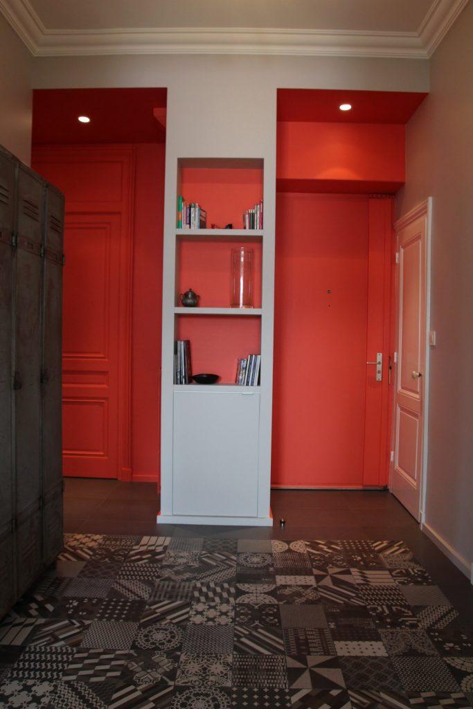 3 Appartement Haussemanien Marlene Reynard Sejour Chaises Eames Hall Orange