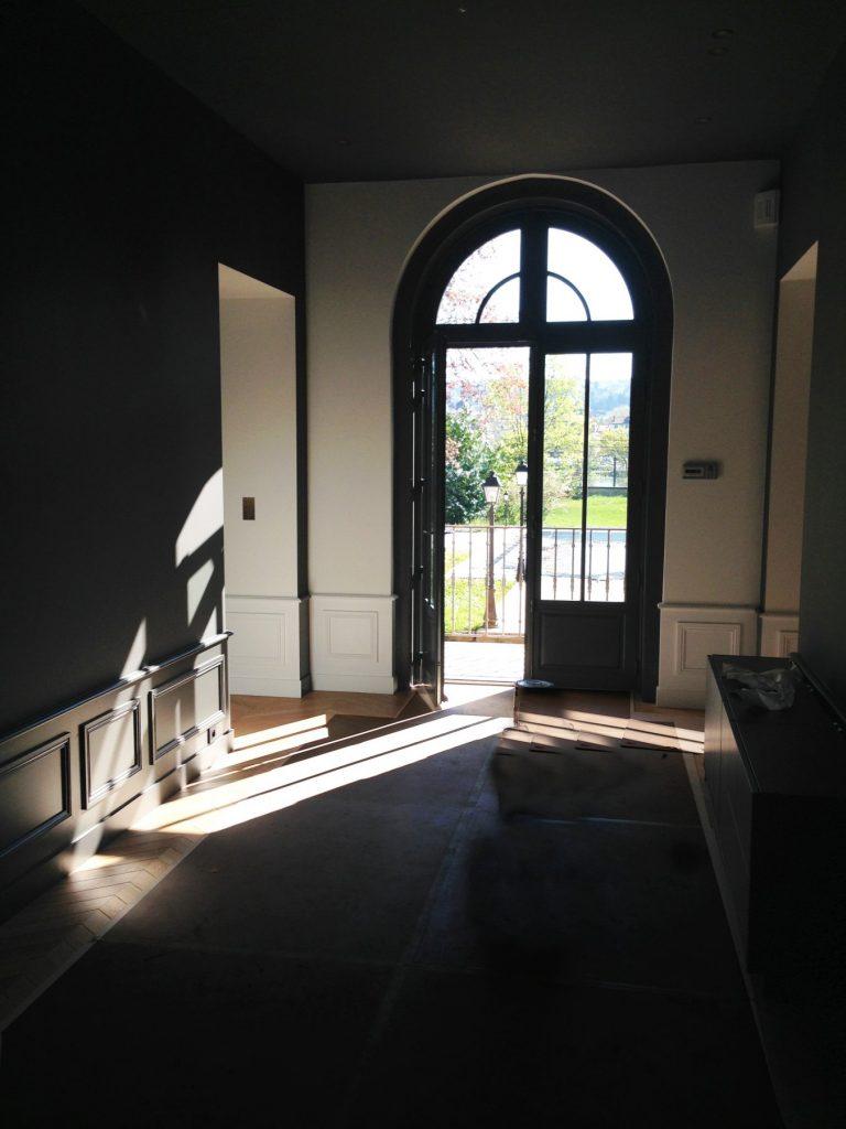 1.projet.maison De Maitre.marlene Reynard.architecture Interieure.marbre Calacata.parquet Pointe De Hongrie.coleandson Wallpaper (5)