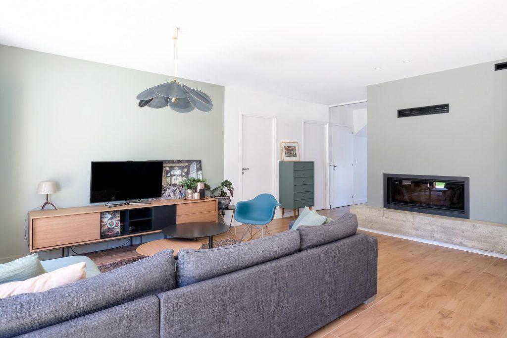 maison sainte foy les lyon. agence Marlène Reynard. renovation. extension.cuisine.séjour.cheminée.