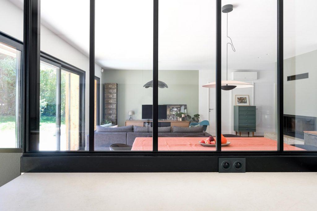 maison sainte foy les lyon. agence Marlène Reynard. renovation. extension.cuisine.séjour.cheminée verrière 7