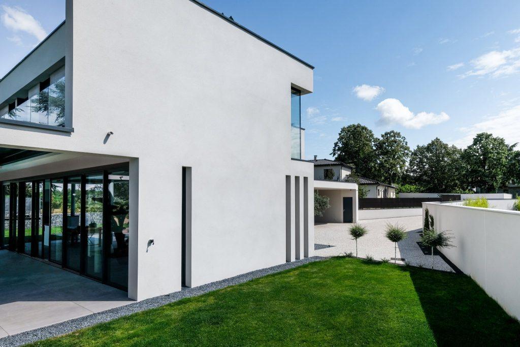 Maison Contemporaine.marlene Reynard.construction.neuve.piscine.toit Terrasse (4)